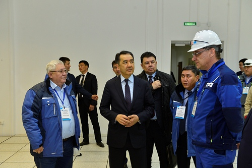 Bakytzhan Sagintayev gets acquainted with work of Industrial Petrochemical Technopark in Atyrau